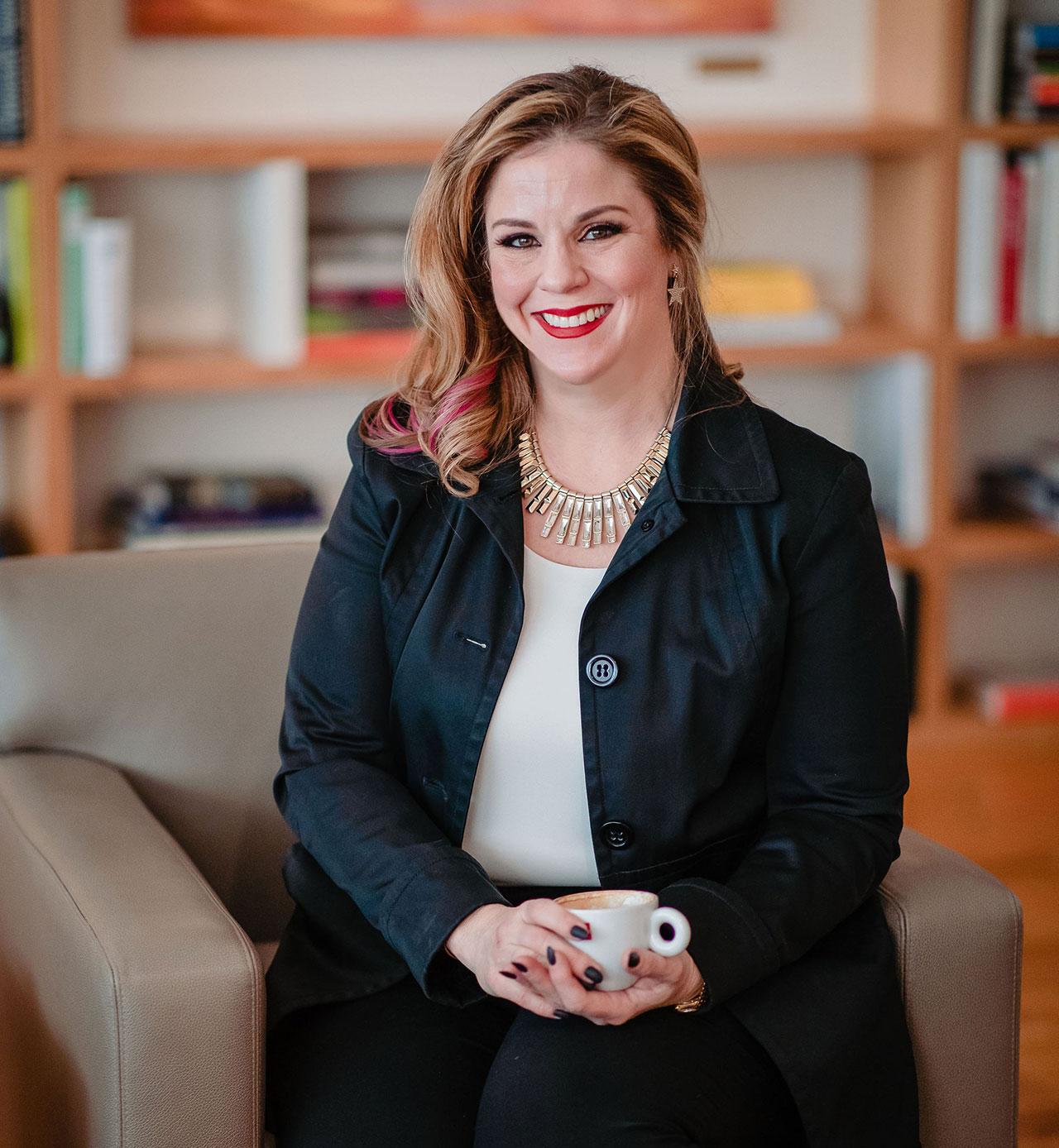 Kelly Meerbott- Leadership Coach Headshot